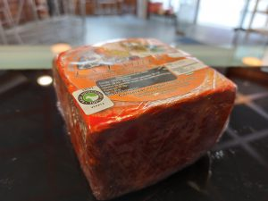 Queso de cabra semicurado con pimentón Pieza 610g